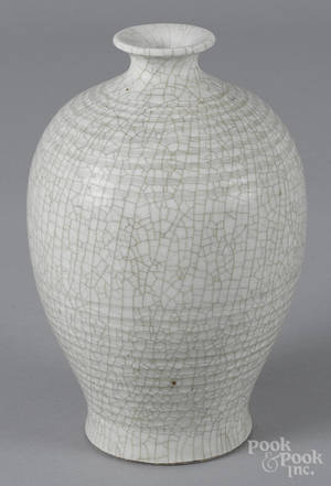 Chinese crackle glaze vase