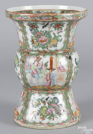 Chinese export porcelain famille rose vase 19th c