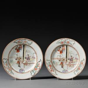 Pair of Chinese Export Porcelain Famille Rose Decorated Plates