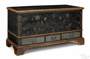 Berks County Pennsylvania painted pine dower chest