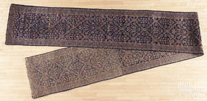 Semiantique Meshed runner