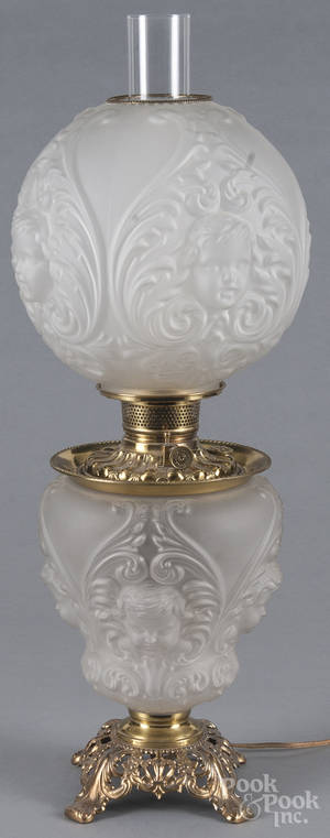 Gone with the Wind table lamp with a frosted glass shade