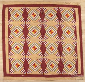 Log cabin variant patchwork quilt