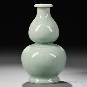 Celadon DoubleGourd Vase