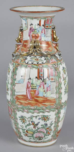 Chinese export porcelain famille rose vase late 19th c