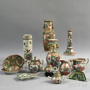 Thirteen Export Enameled Porcelain Items