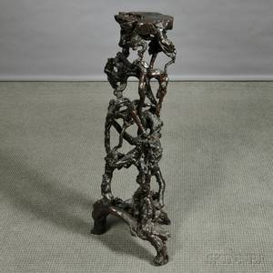Black Lacquered Root Stand