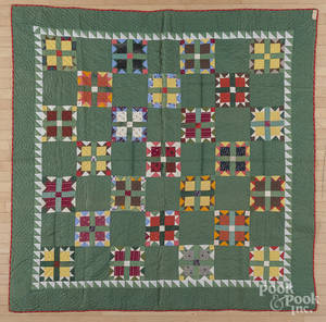 Pennsylvania pieced bear paw variant quilt