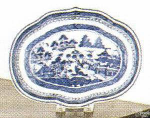Canton scalloped serving dish early 19th c
