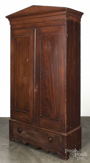 Pennsylvania painted pine wardrobe