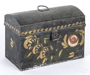 Toleware document box