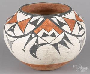 Acoma Pueblo New Mexico painted olla mid 20th c