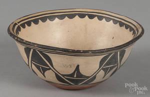 Acoma pottery bowl early 20th c