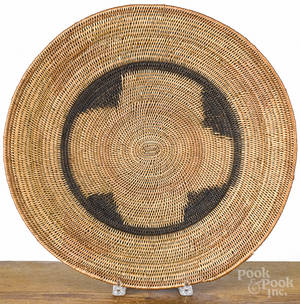 Large Native American Indian basketry tray early 20th c