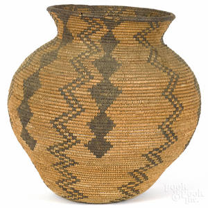 Southwest Native American basketry olla early 20th c