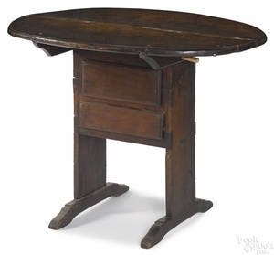 New England walnut shoe foot table early 18th c