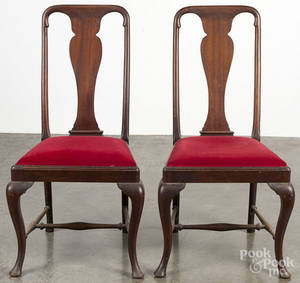 Pair of Queen Anne style mahogany dining chairs