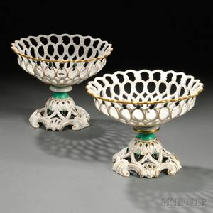 Pair of Paris Porcelain Gilt and Enameldecorated Fruit Baskets