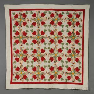 Pieced and Appliqued Cotton Oak Leaf and Berries Pattern Quilt