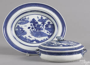 Chinese export porcelain Nanking covered entre and serving platter 19th c