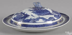 Chinese export porcelain Nanking covered entre dish early 19th c