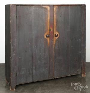 Pennsylvania painted pine pantry cupboard