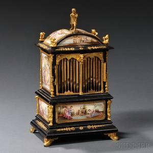 Enamelmounted Music Box