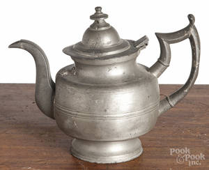 Two American pewter teapots