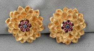 18kt Gold Ruby and Sapphire Flower Earclips