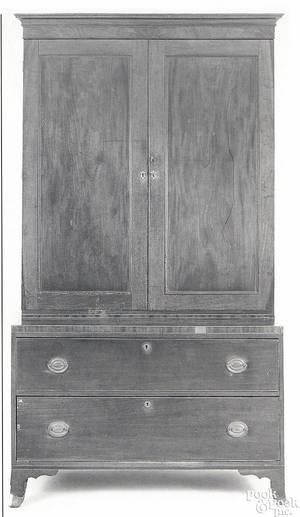 Philadelphia Hepplewhite mahogany linen press ca 1815