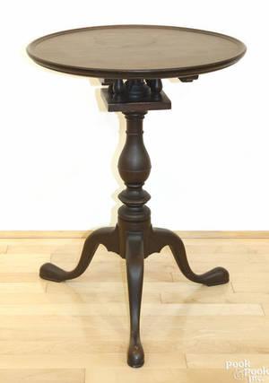 Frank Auspitz York Pennsylvania Queen Anne style walnut candlestand