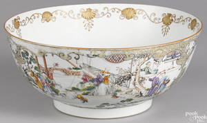 Large Chinese export porcelain punch bowl ca 1800