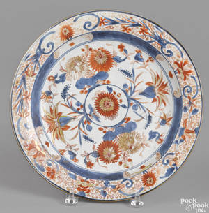 Chinese Imari palette porcelain charger 18th c