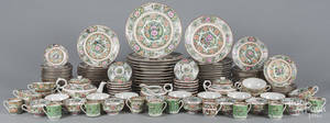 Large Chinese rose medallion dinner service