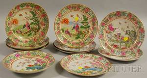 Set of Ten Chinese Export Porcelain Plates