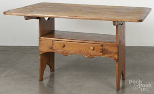 Pine bench table