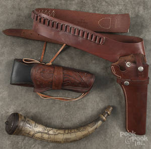 Three vintage leather hunting pouches