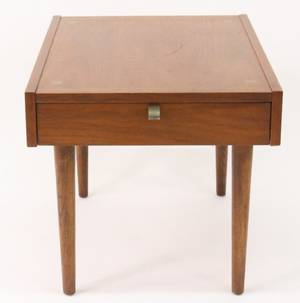 American Mid Century Modern Walnut Side Table