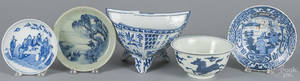 Four pieces of Chinese blue and white porcelain