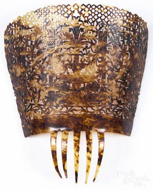Large faux tortoiseshell Spanish peineta mantella hair comb