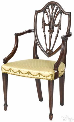 New York Hepplewhite mahogany shieldback armchair ca 1800