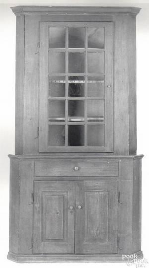 Pennsylvania walnut corner cupboard ca 1780