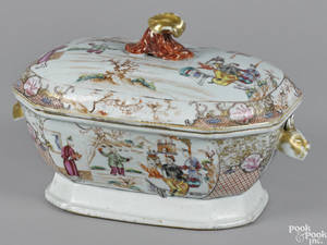 Chinese export porcelain tureen 19th c