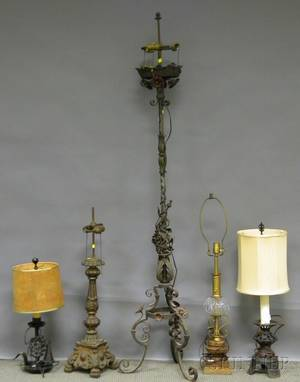 Baroque Style Painted Wrought Iron Floor Lamp And Four Decorative Table  Lamp Bases