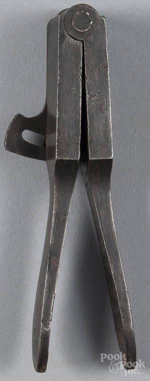 Manhattan Firearms cast steel bullet mold 19th c