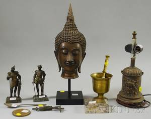 Ten Miscellaneous Decorative Items