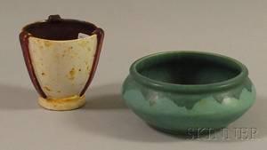Roseville Pottery Carnelian Low Bowl and an Italian Modern Glazed Pottery Vase