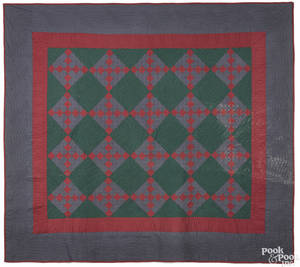 Lancaster County Pennsylvania Amish steeplechase quilt early 20th c
