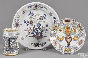 Delft polychrome charger 18th c