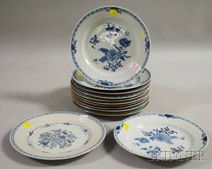 Set of Twelve Chinese Export Porcelain Blue and White Plates